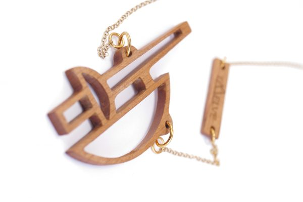 ares necklace 4