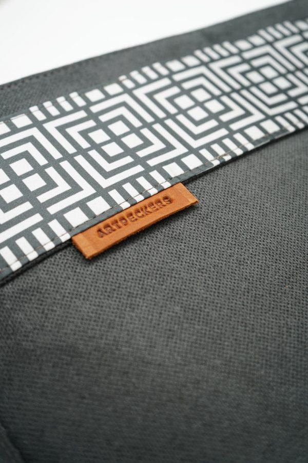 labyrinth black bag
