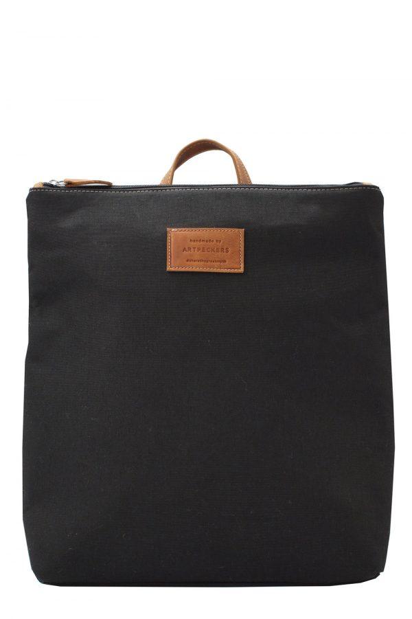 black backpack summer-base 1
