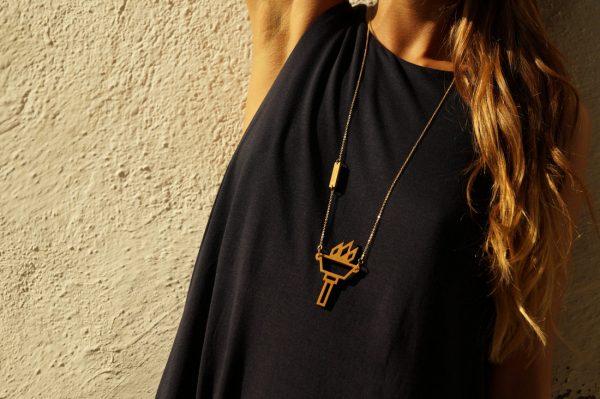 hestia necklace 3