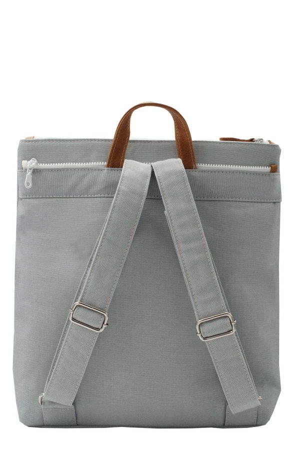 grey backpack summer - base 2