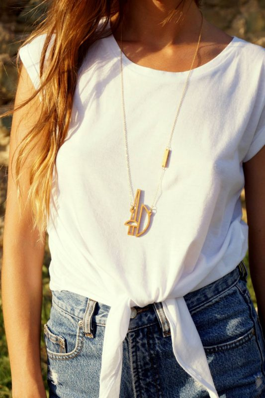 ares necklace 1