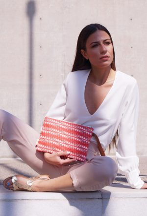ares clutch (white) 2