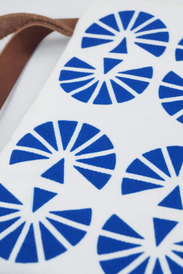 hera clutch (blue) 6