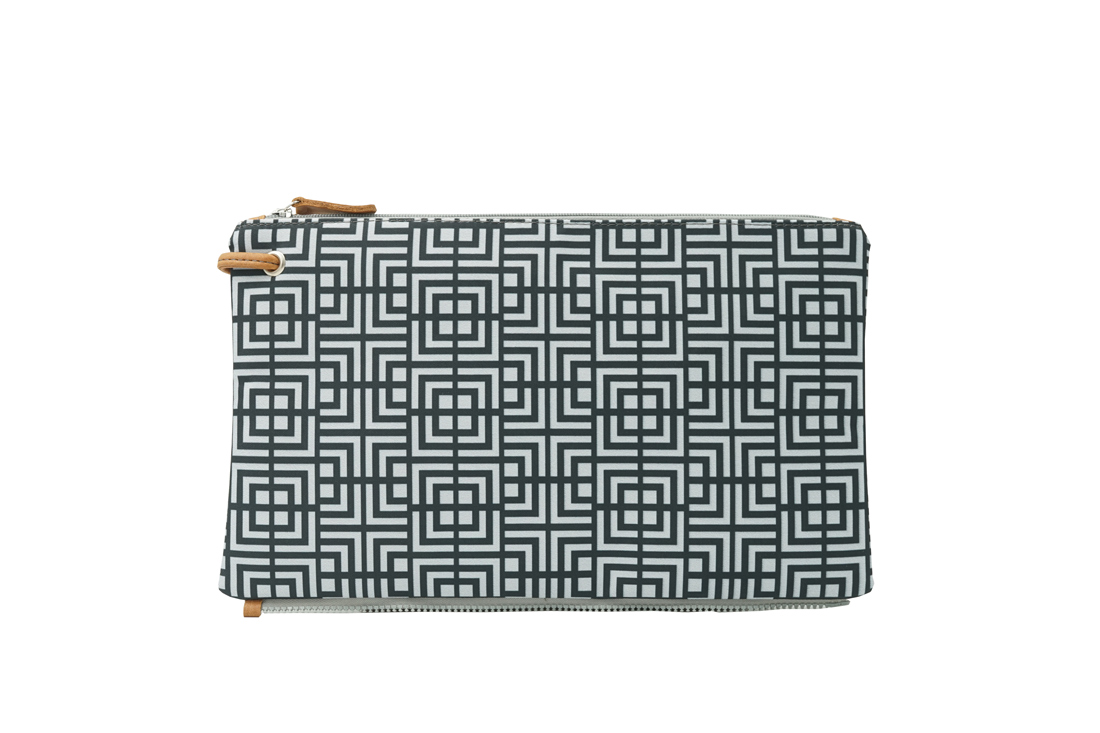 labyrinth (black grey) top clutch 1