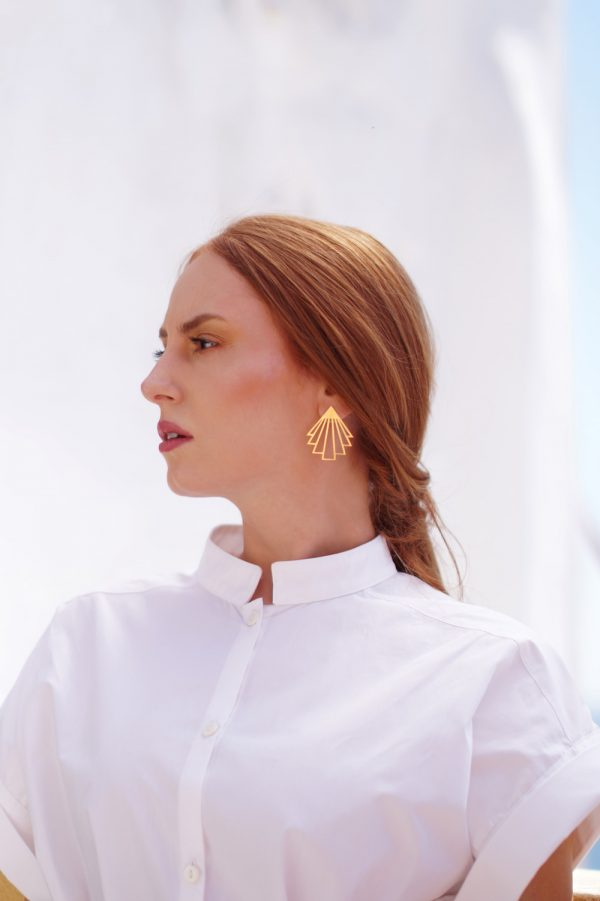 circe earrings (gold) 1