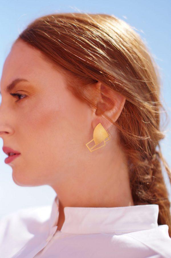 sirens earrings (gold) 3