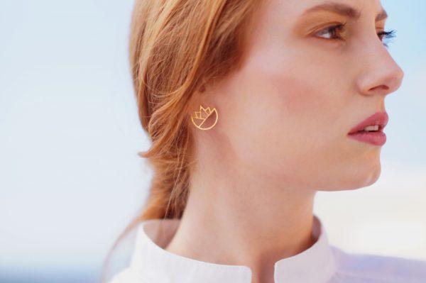 lotus earrings (gold) 3