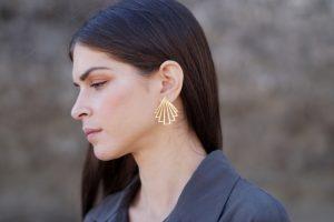 circe earrings (gold) 4