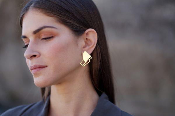 sirens earrings (gold) 6