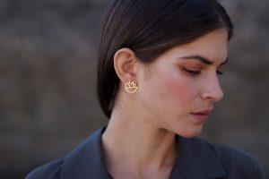 lotus earrings (gold) 4