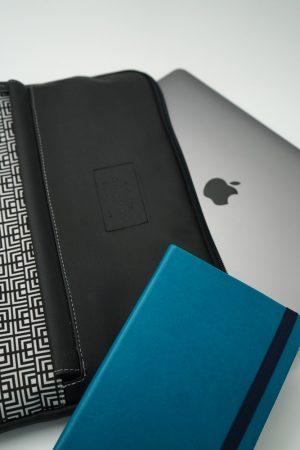 Labyrinth (black) tablet case 4